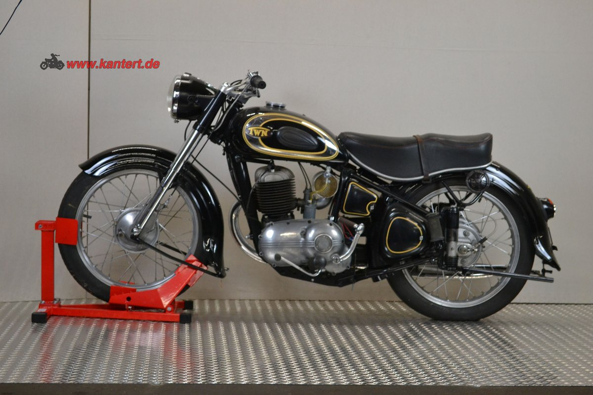 1953 Triumph Nurmberg BDG 250, 248 cc, 11 hp, 21000 km For Sale (picture 1 of 6)