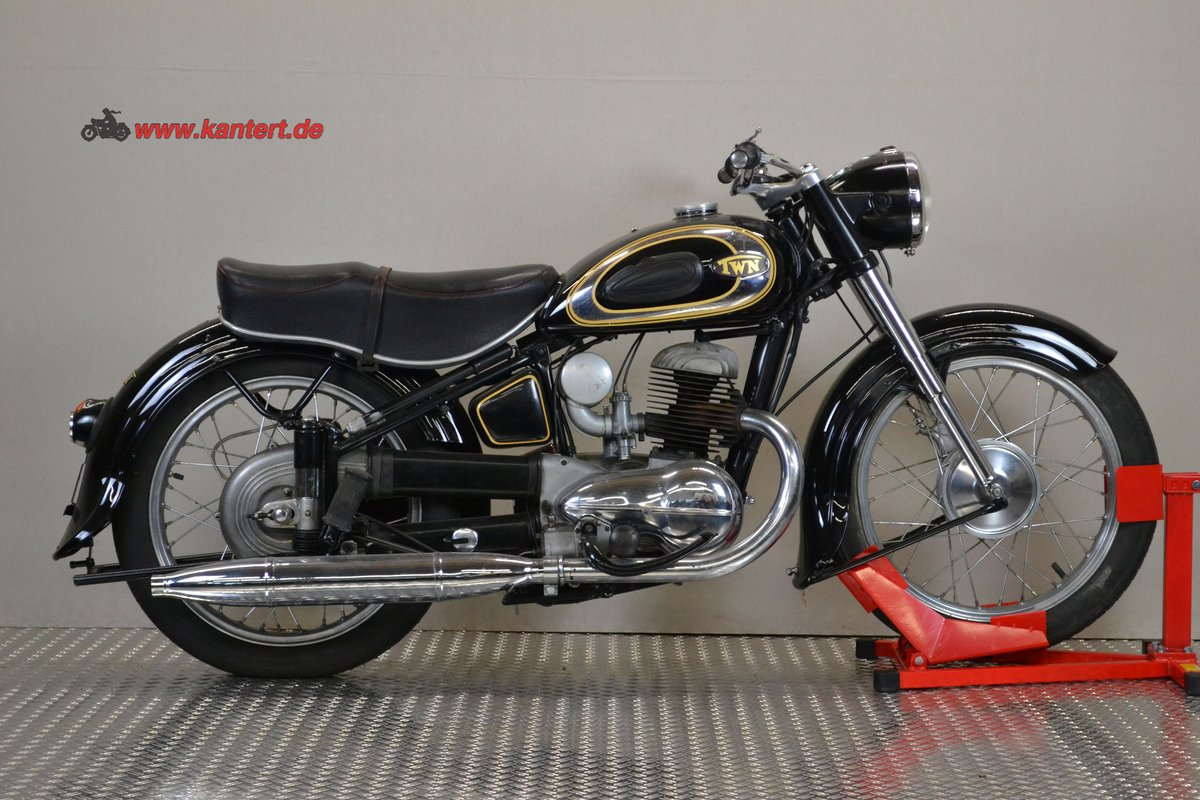 1953 Triumph Nurmberg BDG 250, 248 cc, 11 hp, 21000 km For Sale (picture 2 of 6)