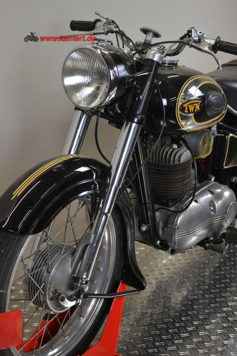 1953 Triumph Nurmberg BDG 250, 248 cc, 11 hp, 21000 km For Sale (picture 3 of 6)