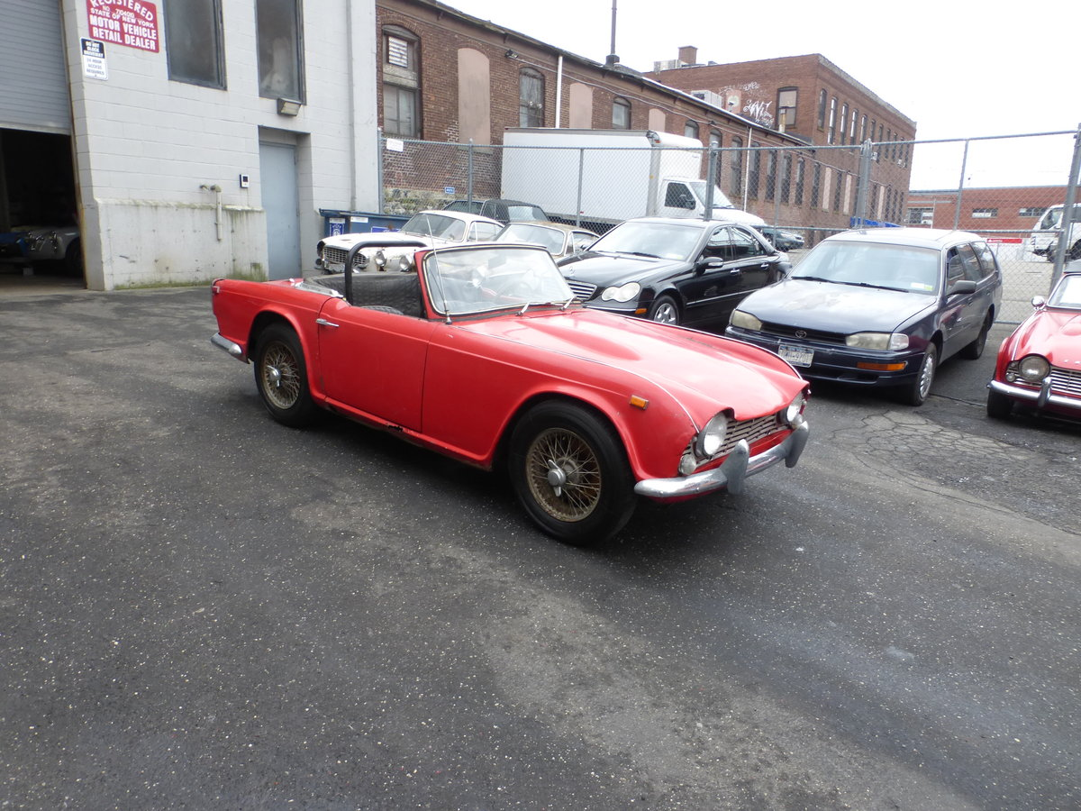 1965 Triumph TR4 Complete Car For Restoration - For Sale (picture 1 of 6)