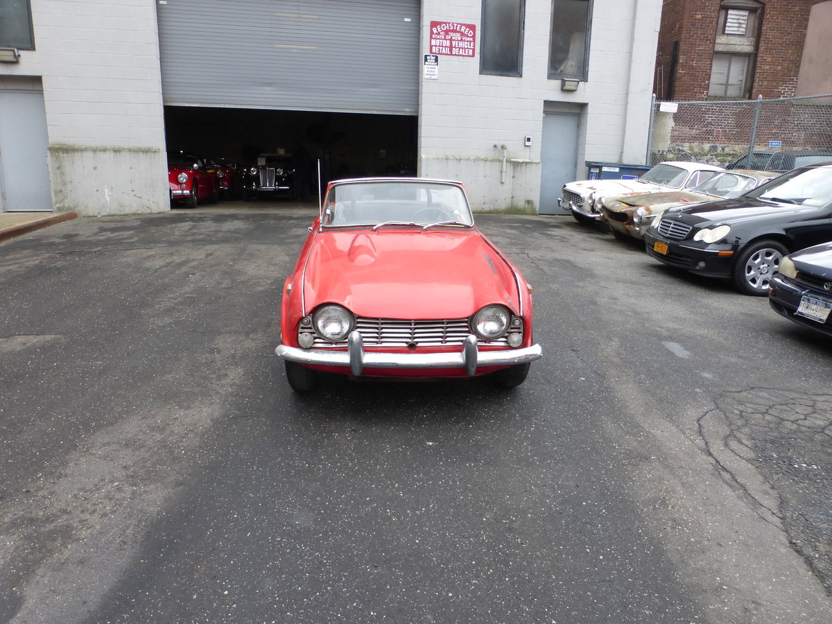 1965 Triumph TR4 Complete Car For Restoration - For Sale (picture 2 of 6)