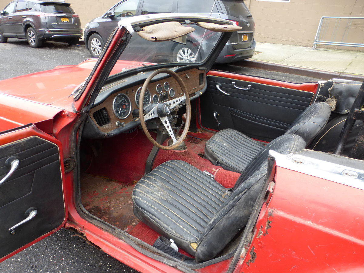 1965 Triumph TR4 Complete Car For Restoration - For Sale (picture 5 of 6)