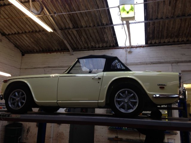 1969 TRIUMPH TR5, injetion, overdrive 234.body off restored SOLD SOLD (picture 5 of 6)