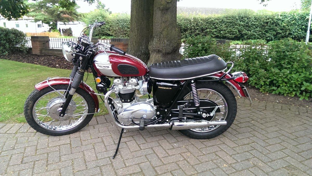 Triumph Bonneville T120R 1970 Classic Motorbike For Sale (picture 1 of 2)