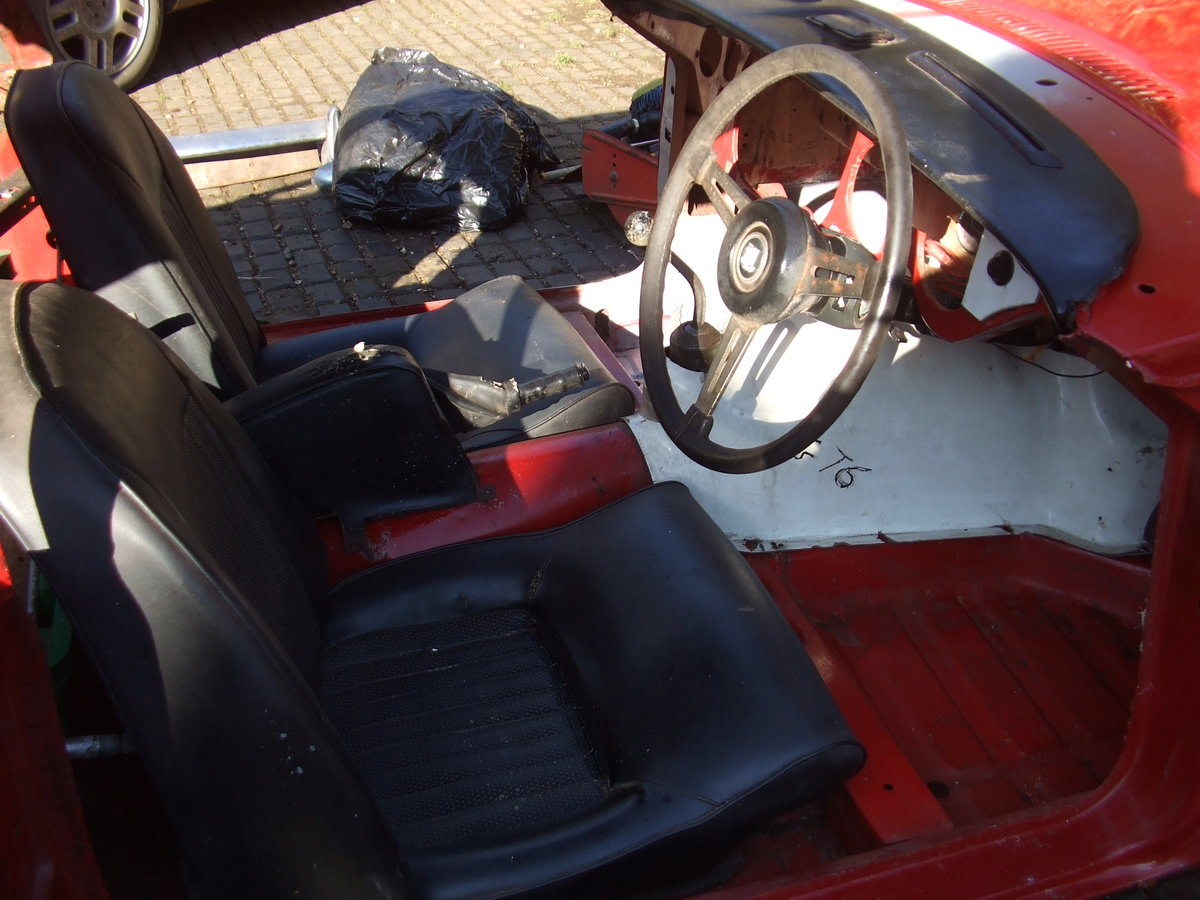 1969 GT6 MK2 CHASSIS UP RESTO NEEDS FINAL COMPLETION For Sale (picture 4 of 6)