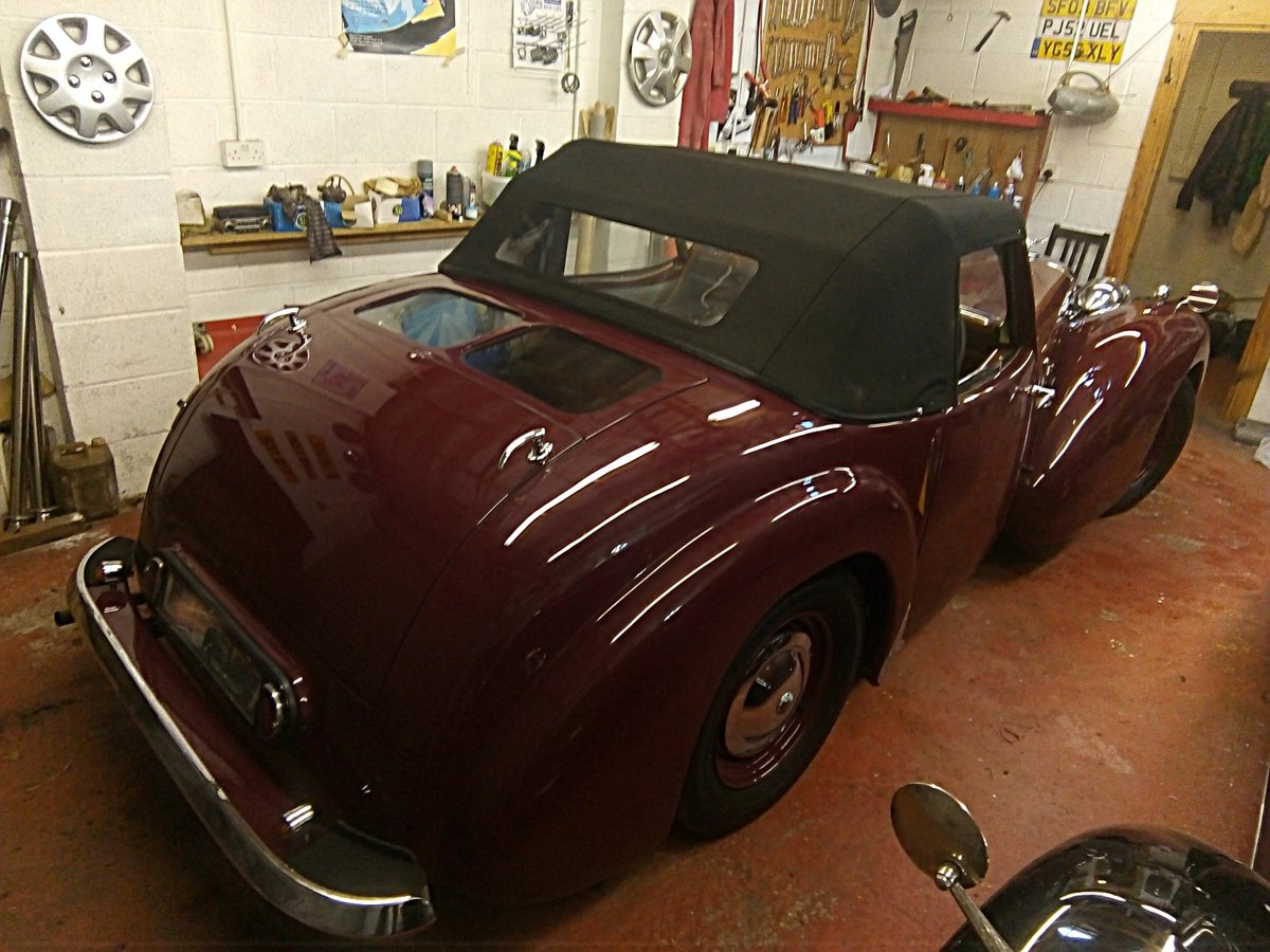 Stunning 1947 Triumph 1800 Roadster Coupe For Sale (picture 5 of 6)