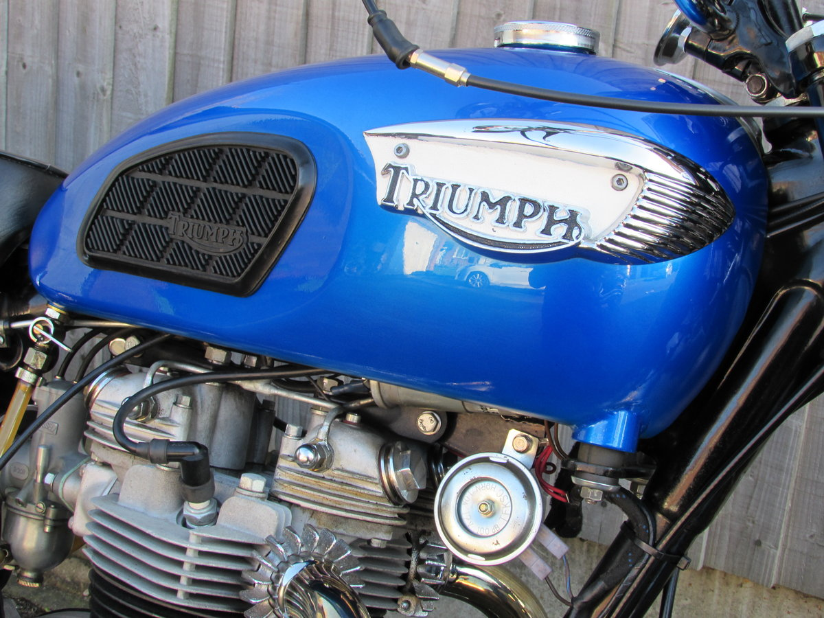 Triumph  TR6 Trophy 1968. For Sale (picture 1 of 6)