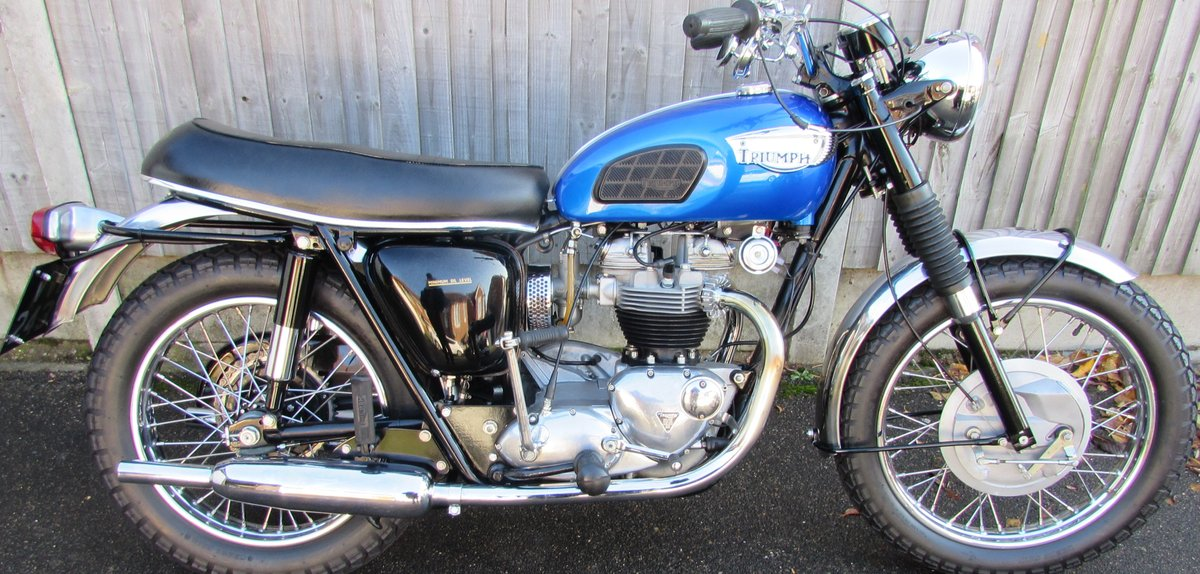 Triumph  TR6 Trophy 1968. For Sale (picture 2 of 6)