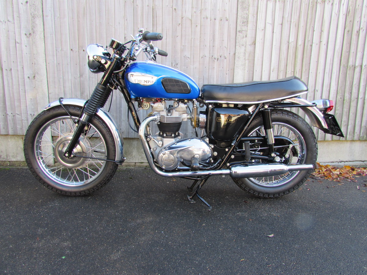 Triumph  TR6 Trophy 1968. For Sale (picture 4 of 6)