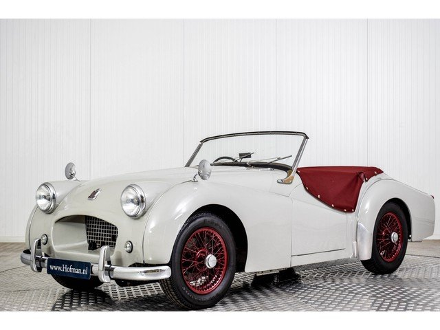 1955 Triumph TR2 Small Mounth RHD For Sale (picture 1 of 6)