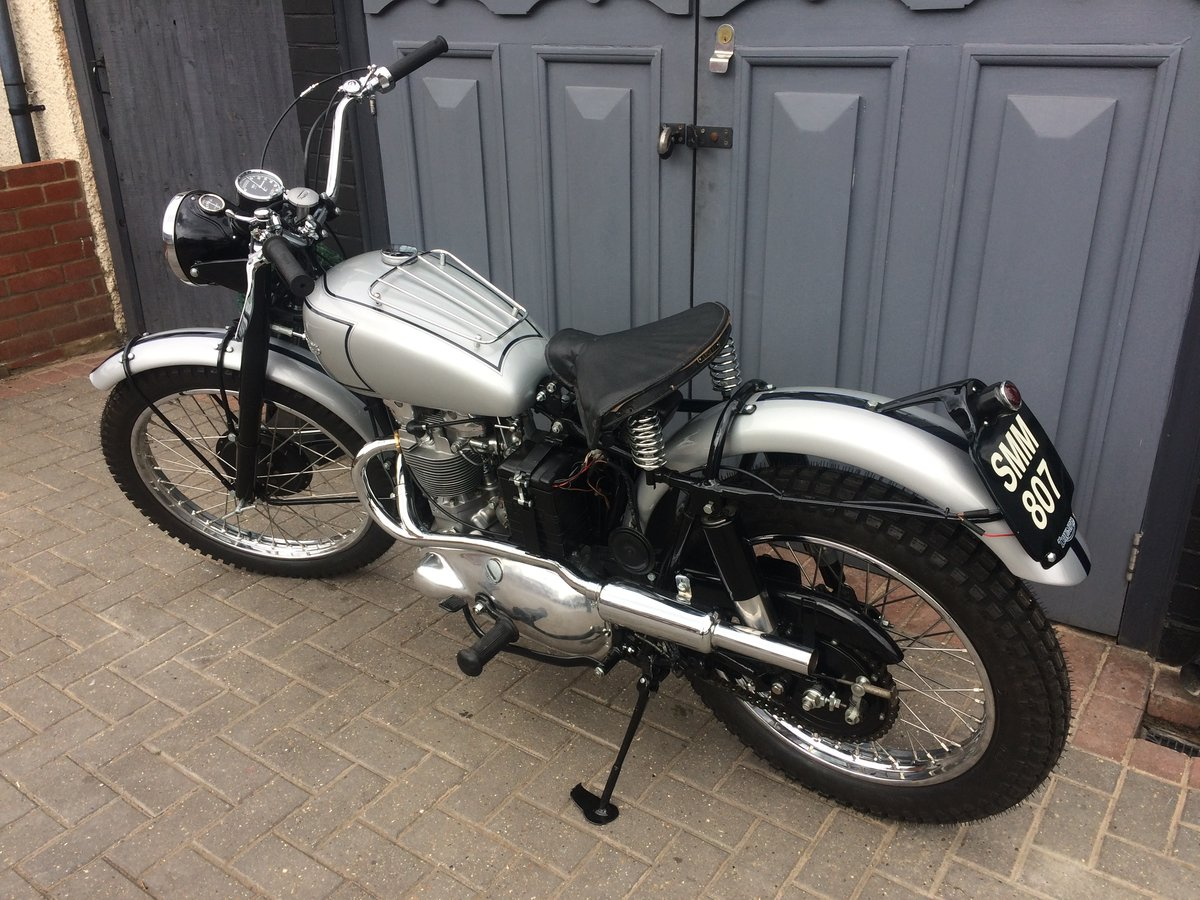 1951 TRIUMPH TROPHY TR5  For Sale (picture 2 of 6)