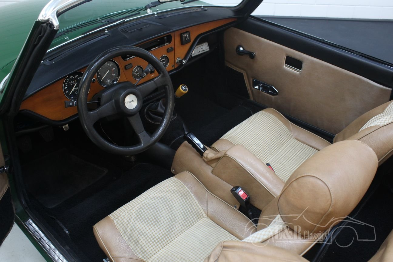 Triumph Spitfire 1500 Cabriolet 1981 British Racing Green For Sale (picture 3 of 6)