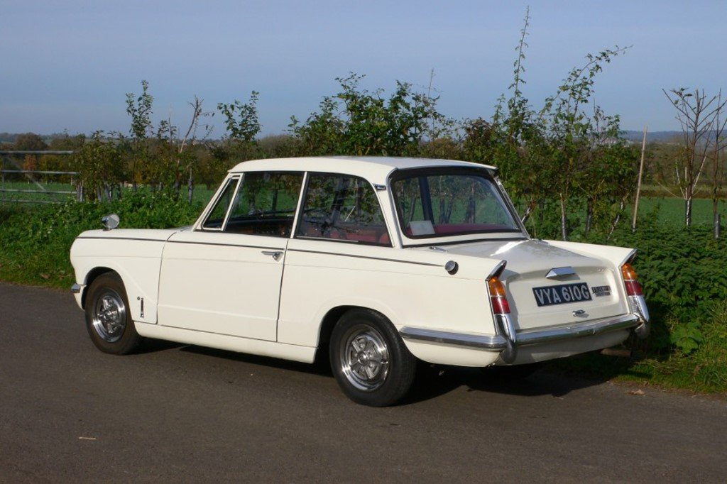 A 1969 Triumph Herald 13/60 - 10/4/2019 For Sale by Auction (picture 5 of 6)