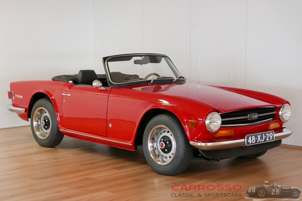 1971 Triumph TR6 Completely restored and in perfect condition ! For Sale (picture 1 of 6)
