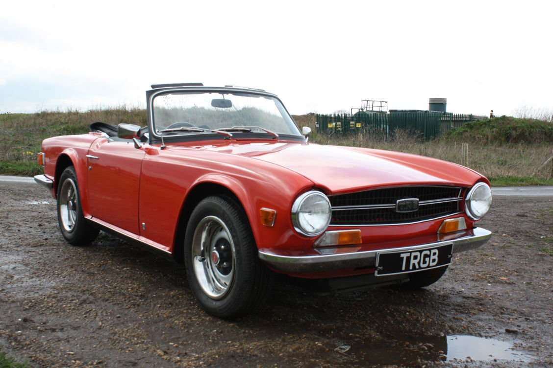 1972 TRIUMPH TR6 ORIGINAL 150BHP UK CAR IN RED SOLD (picture 2 of 6)