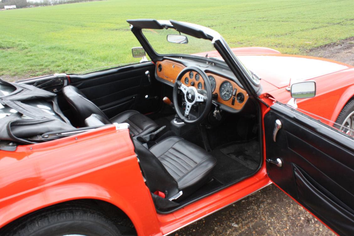 1972 TRIUMPH TR6 ORIGINAL 150BHP UK CAR IN RED SOLD (picture 5 of 6)