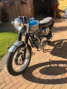 1960 TRIUMPH BONNEVILLE 650cc STUNNING CONDITION