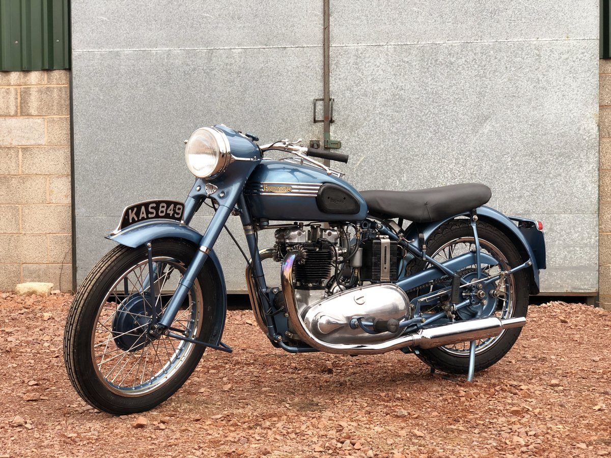 1952 Triumph 6T Thunderbird 650cc A Stunning Example!! For Sale (picture 2 of 6)