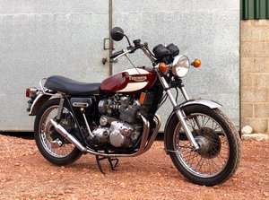 1975 Triumph T160 Trident 750cc With Matching Number.
