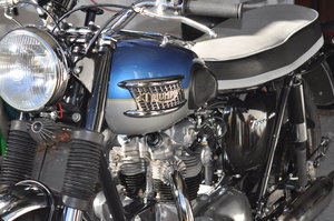 1962 TRIUMPH T100 - 500cc BLUE and SILVER For Sale
