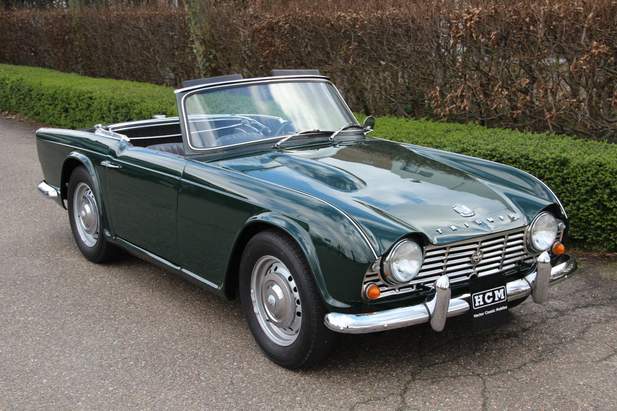 1963 Triumph TR4 For Sale (picture 1 of 6)