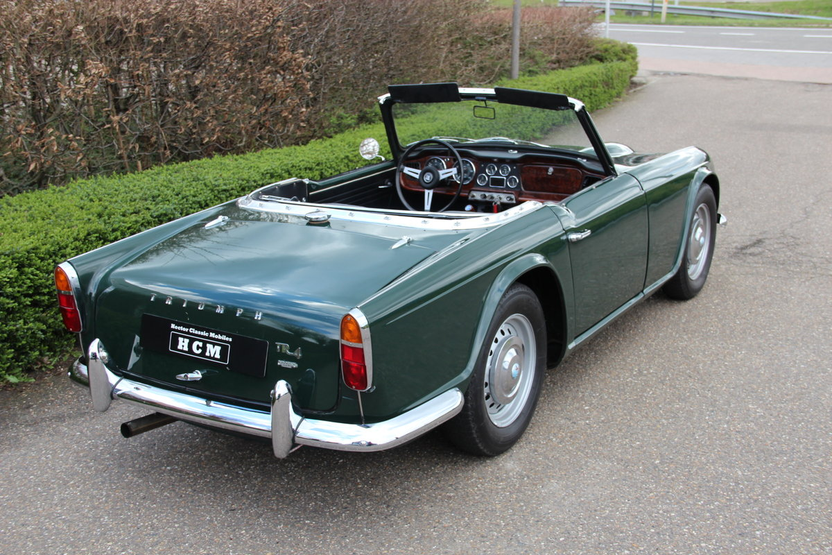 1963 Triumph TR4 For Sale (picture 2 of 6)