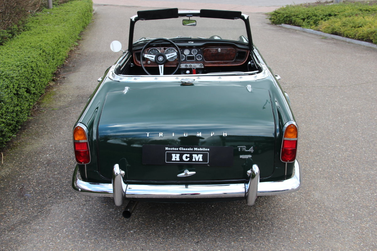 1963 Triumph TR4 For Sale (picture 4 of 6)