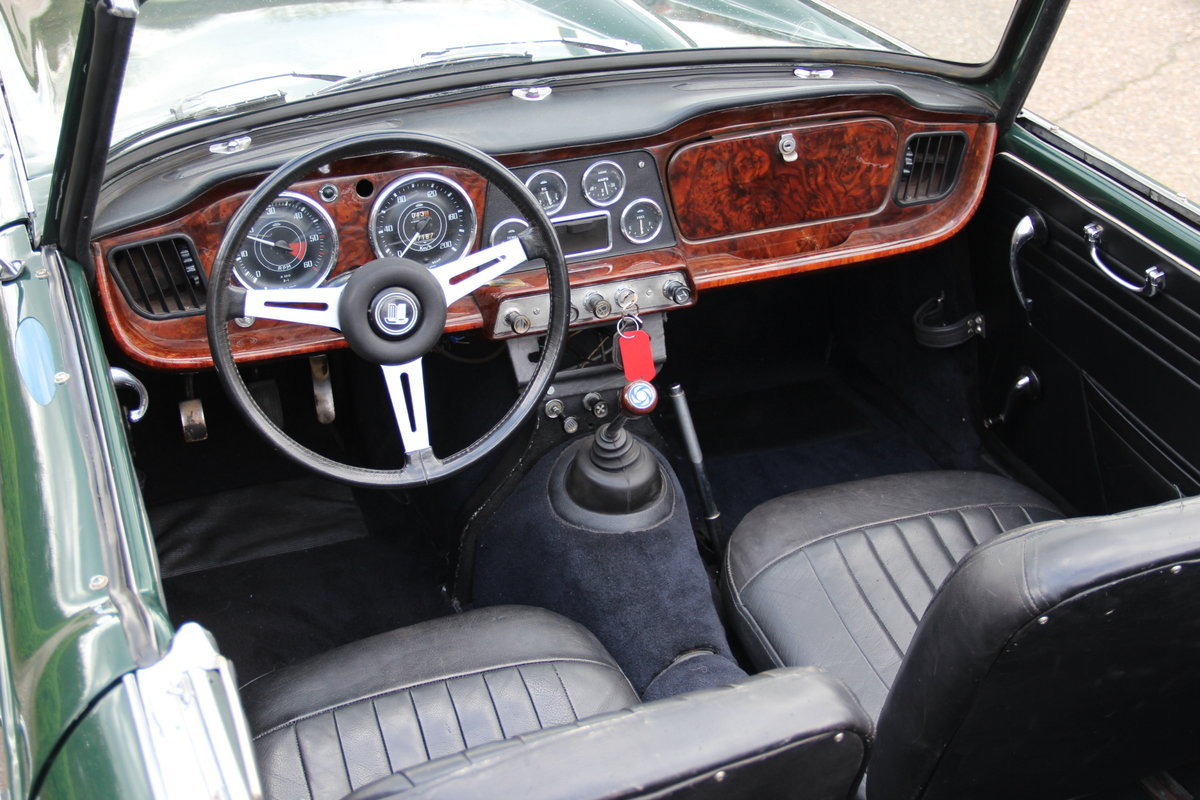 1963 Triumph TR4 For Sale (picture 5 of 6)
