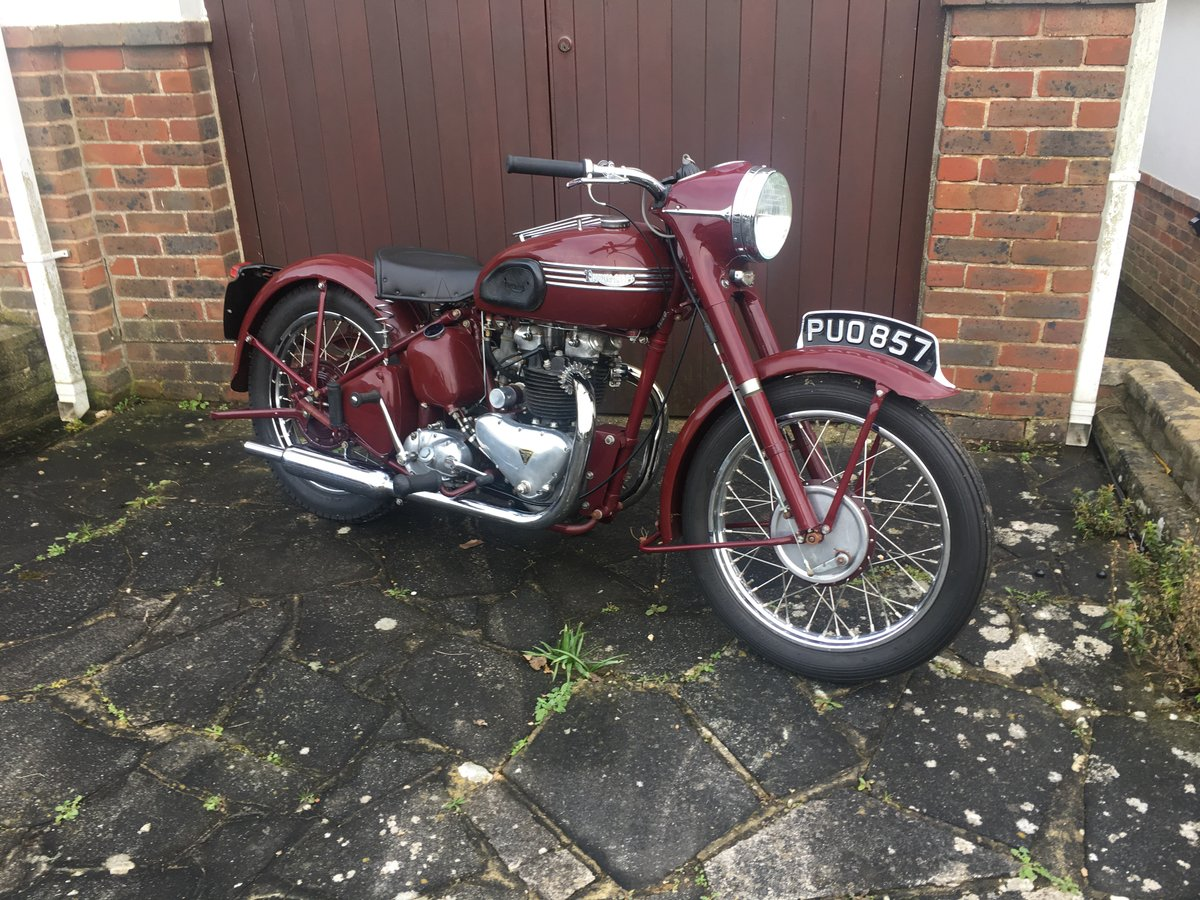 1954 For Sale - Rare Sought After Triumph Speedtwin For Sale (picture 1 of 3)