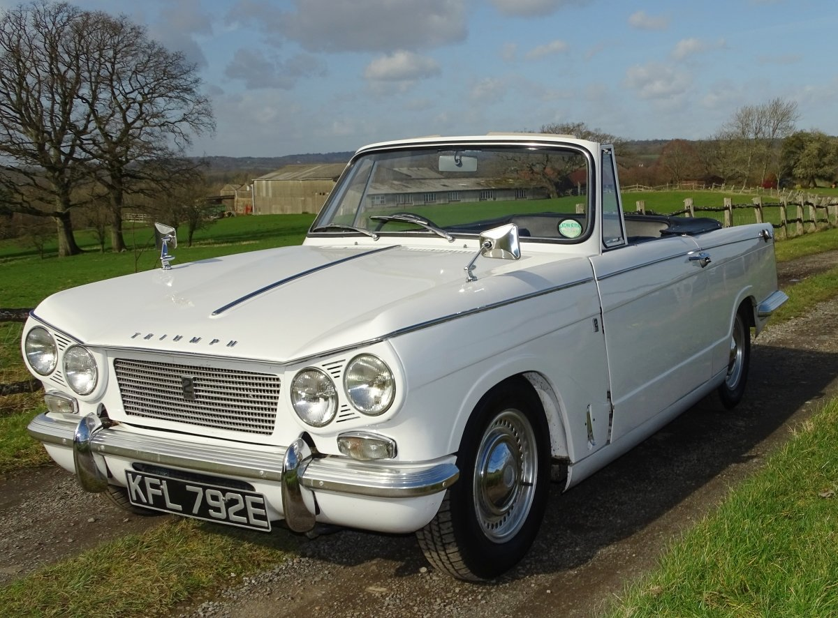 1967  Vitesse Mk1 2-litre overdrive Convertible, ready to enjoy.  SOLD (picture 1 of 6)