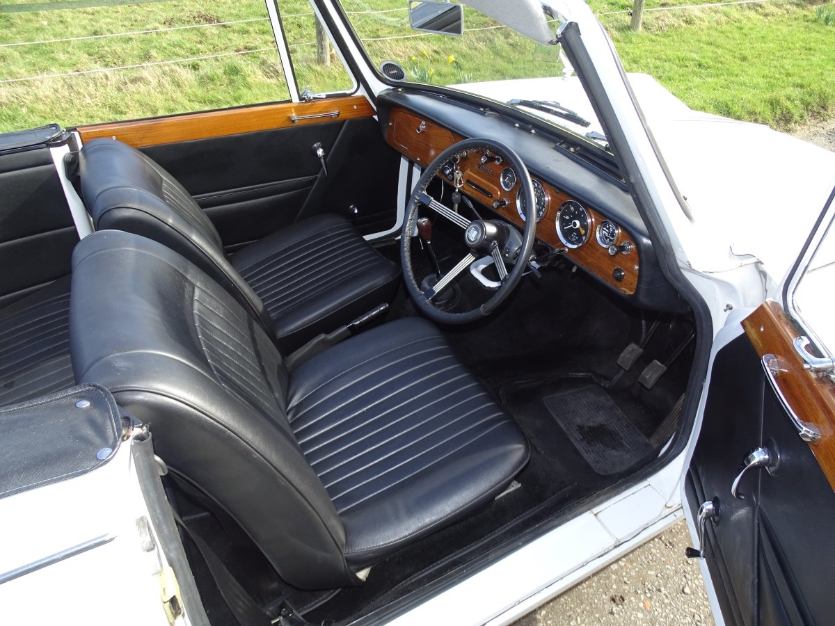 1967  Vitesse Mk1 2-litre overdrive Convertible, ready to enjoy.  SOLD (picture 4 of 6)