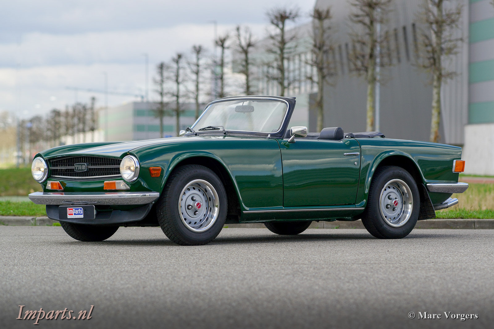 1975 Triumph TR6 PI with Overdrive ( RHD ) For Sale (picture 1 of 6)