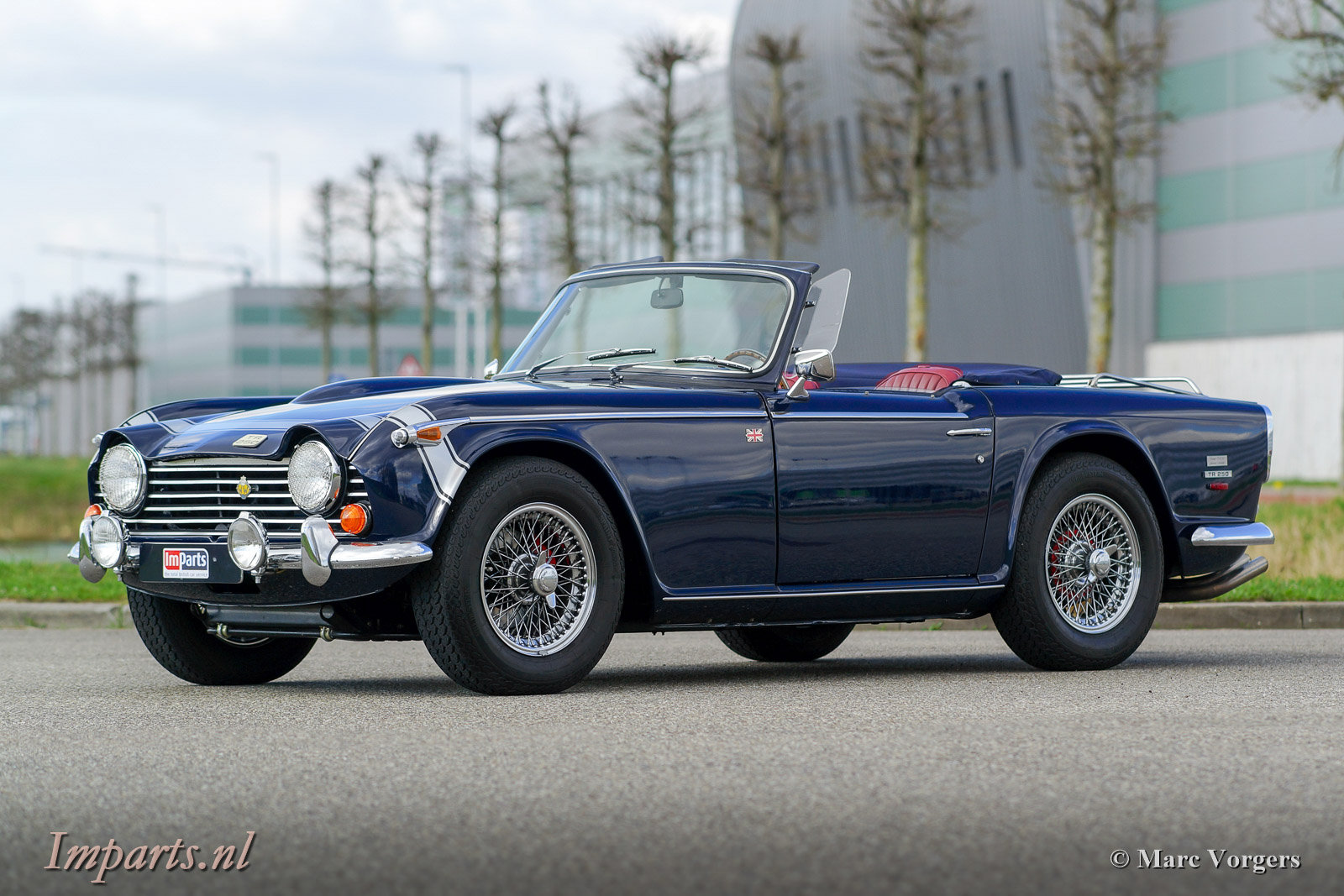1967 Excellent Triumph TR250 with Overdrive LHD For Sale (picture 1 of 6)