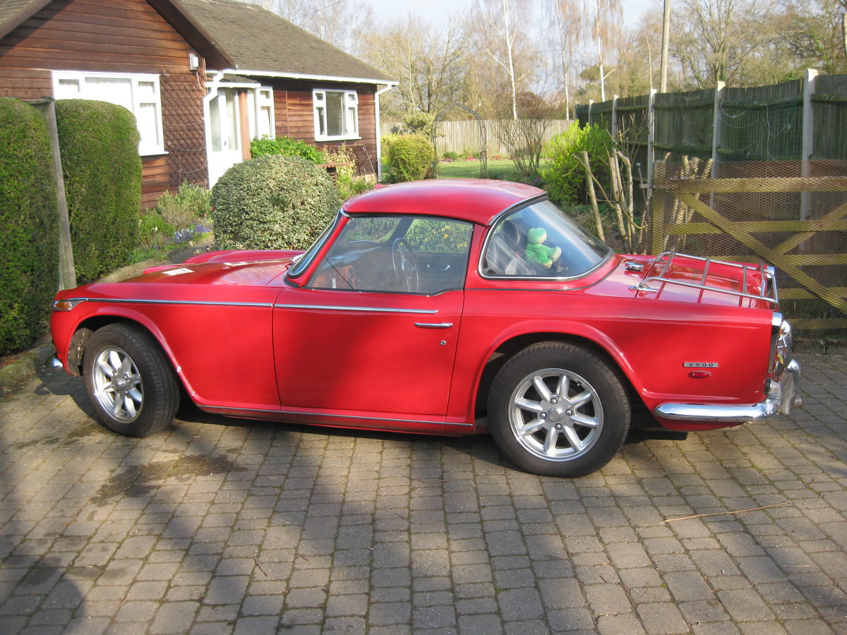 Original english 1968 red tr5 surrey top. For Sale (picture 4 of 6)