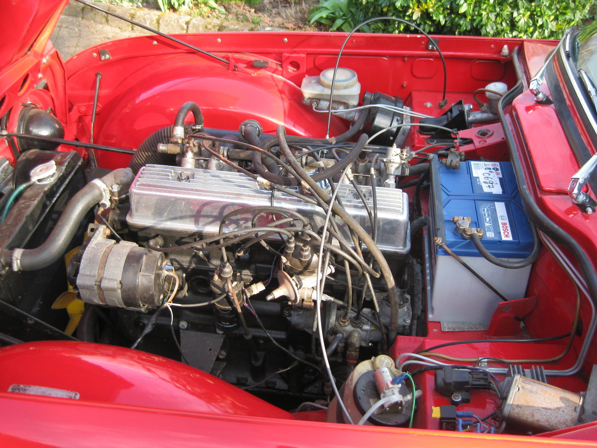Original english 1968 red tr5 surrey top. For Sale (picture 6 of 6)