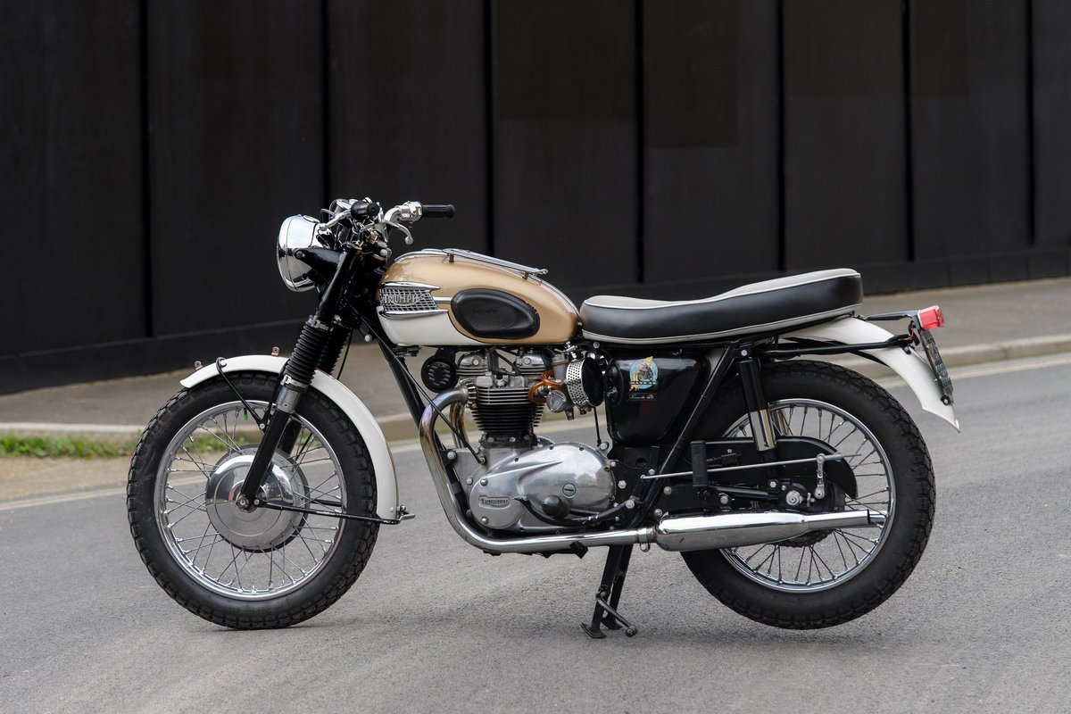 1964 T120 Triumph 650 Bonneville  SOLD (picture 2 of 9)