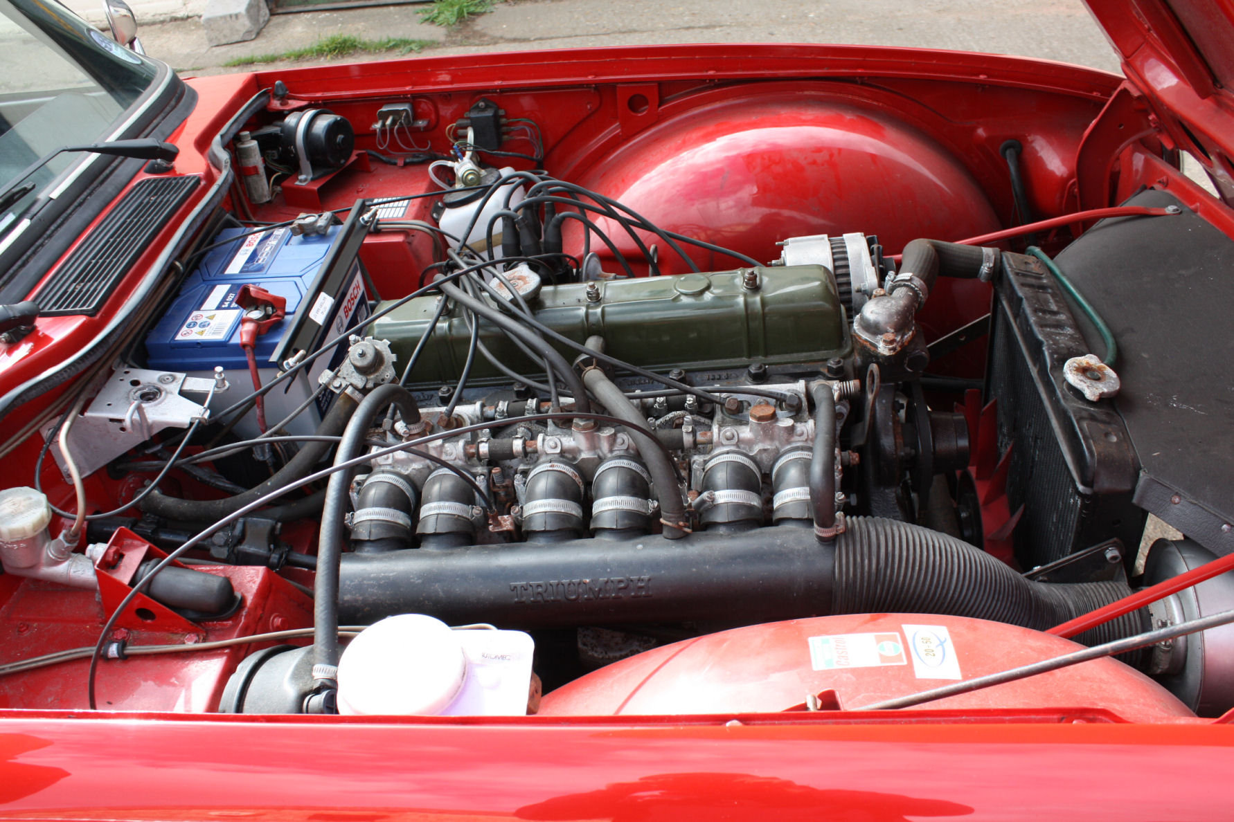 TR6 1974. ORIGINAL UK FUEL INJECTED CAR WITH OVERDRIVE SOLD (picture 3 of 5)
