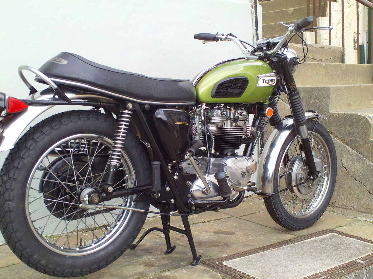 1970 TRIUMPH TROPHY TR6 C SOLD (picture 4 of 6)