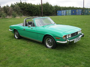 1974 TRIUMPH STAG AUTO WITH ORIGINAL V8/HARDTOP. JAVA GREEN SOLD