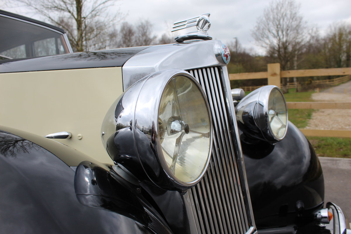 1952 Triumph Renown 2000  Reputedly 28,000 miles SOLD (picture 4 of 6)