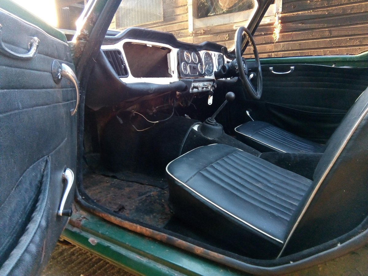 1963 TR4 RHD with Overdrive ORIGINAL UK Reg For Sale (picture 3 of 6)