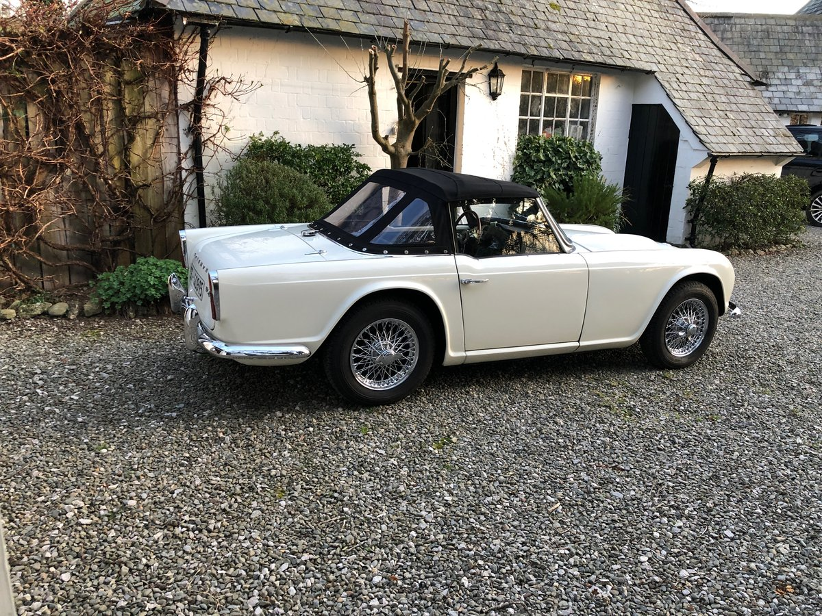 1963 Triumph TR4 LHD in Original Condition For Sale (picture 2 of 6)
