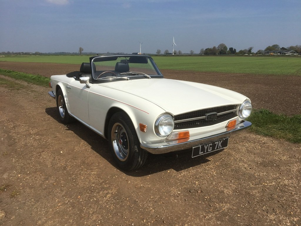 TR6 1971 GENUINE 150 BHP UK CAR WITH OVERDRIVE SOLD (picture 1 of 6)