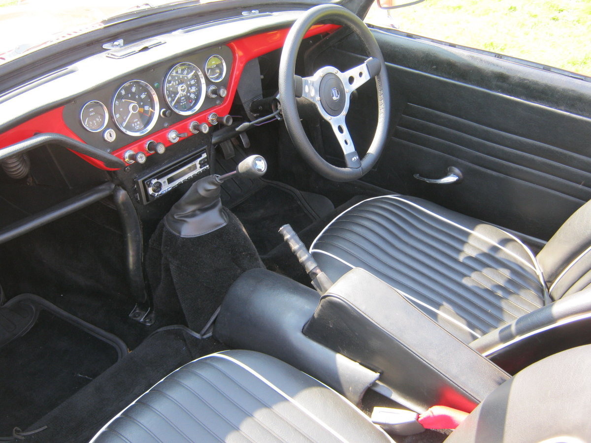 1966 TRIUMPH SPITFIRE MK2. OLDER RESTORATION. LOOKS AND DRIVES FA SOLD (picture 5 of 6)