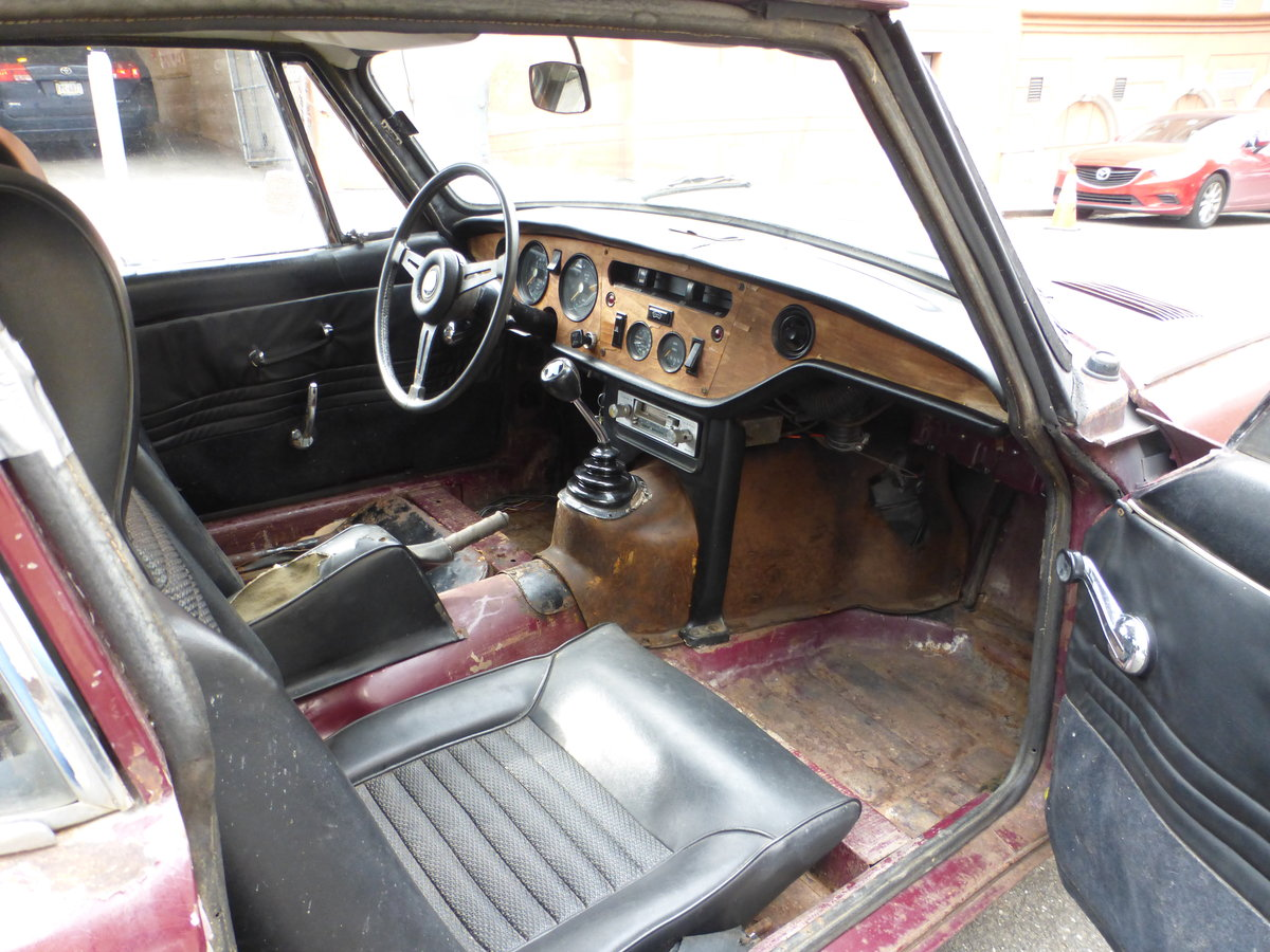 1970 Triumph GT6 MK-II Runs and Drives Needs Restortion For Sale (picture 5 of 6)