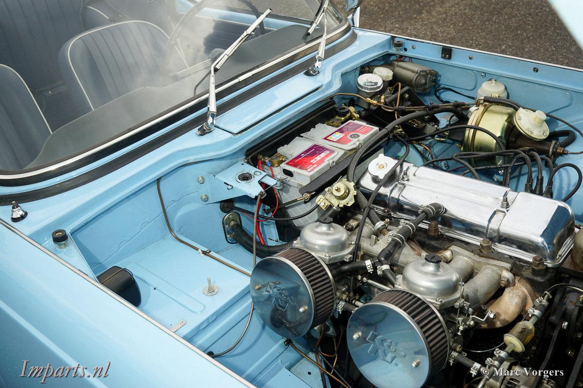 Excellent Triumph TR4 For Sale (picture 3 of 6)