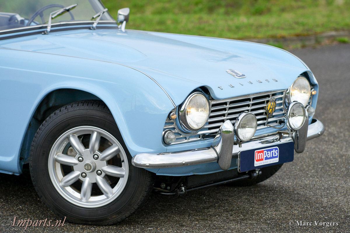 Excellent Triumph TR4 For Sale (picture 6 of 6)