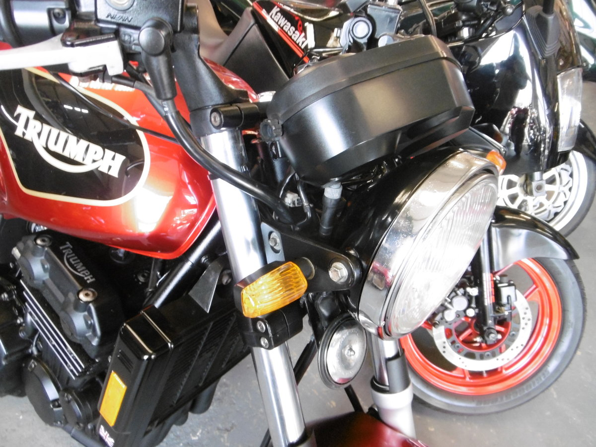1993 Triumph Trident Just stunning rare find  SOLD (picture 4 of 6)