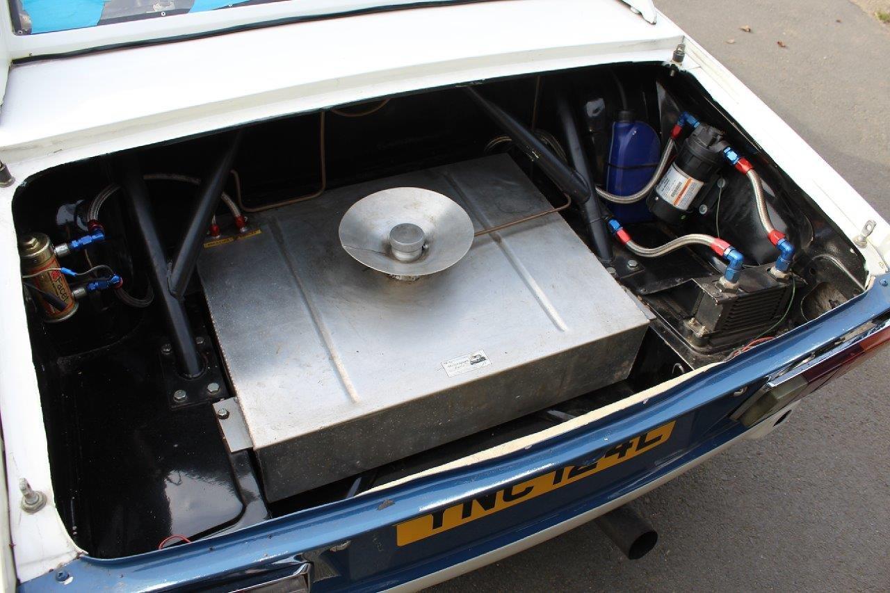 1972/L TRIUMPH TR6 RACE CAR  For Sale (picture 4 of 6)