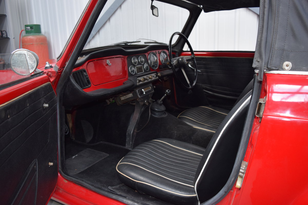 1962 Excellent Triumph TR4 restoration req., complete and running SOLD (picture 4 of 6)